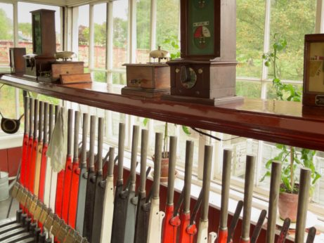 How-to-become-a-railway-signaller-control-levers