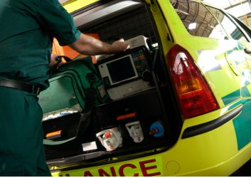 how-to-become-a-paramedic-equipment