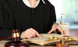 How-to-study-law-to-become-a-magistrate