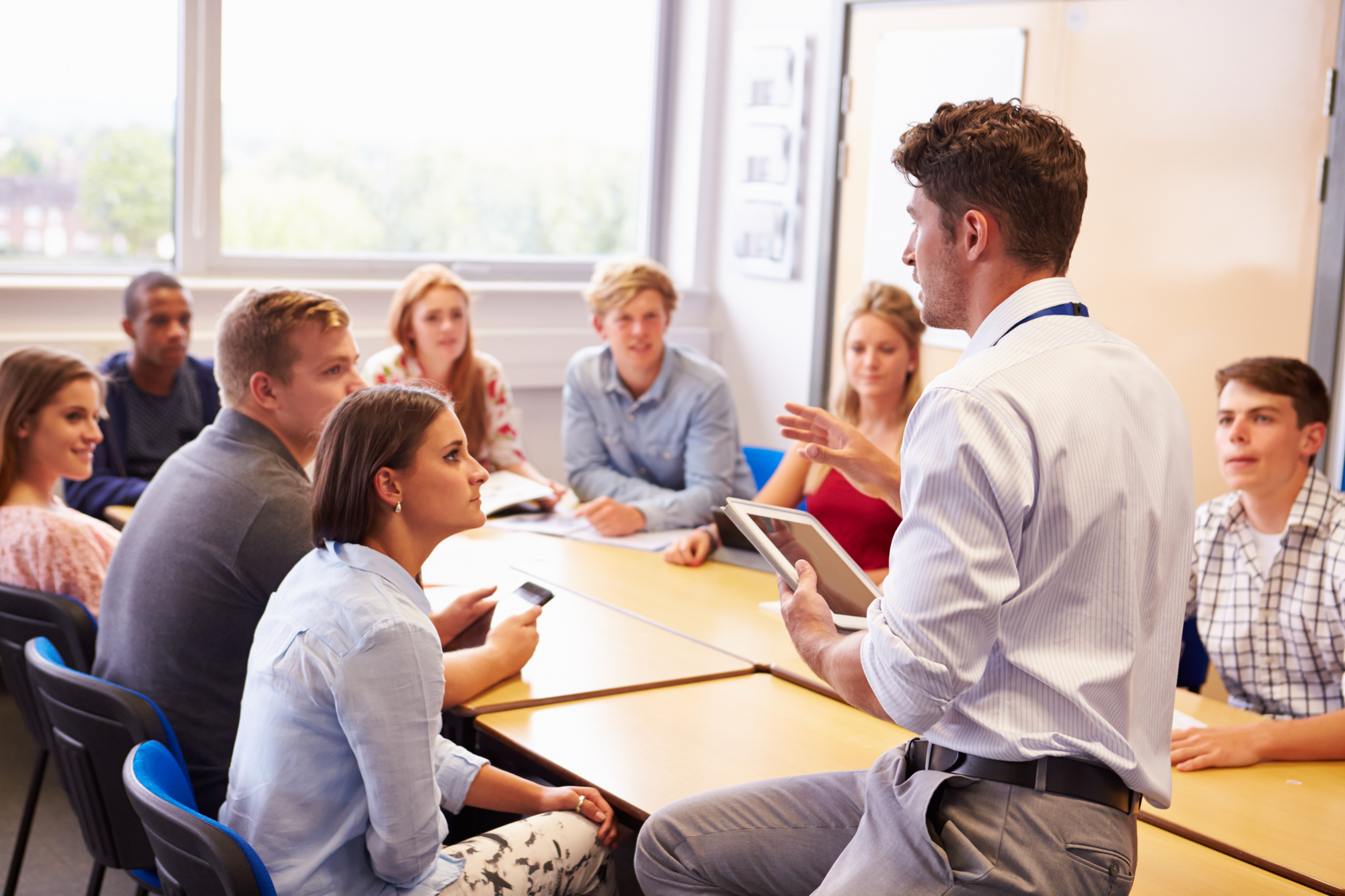 the role of a teacher is to provide guidance for pupils