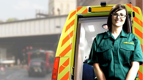 Become A Paramedic In 2018 How2become Com