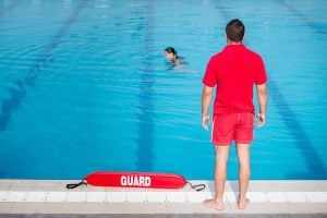 Lifeguard Training Tips How To Become A Lifeguard How 2 Become