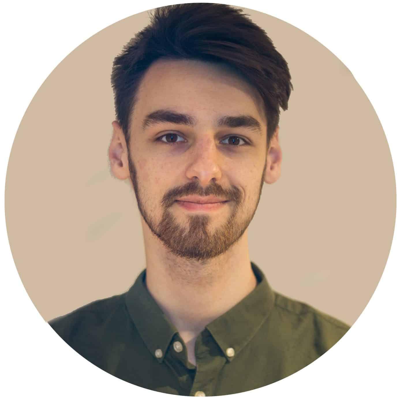 alex jeffries digital marketer at How2Become